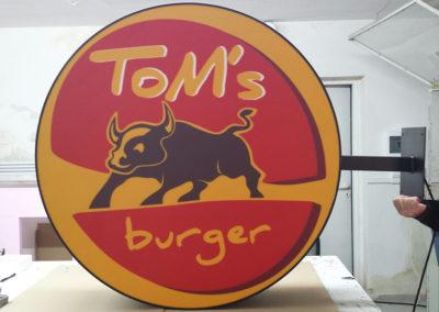toms_burger